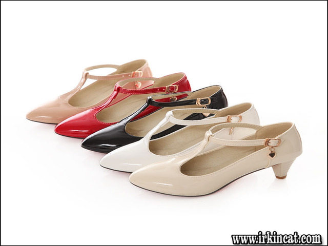 What to Expect From T Strap Kitten Heels?