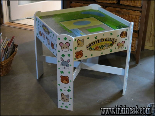calico-critters-play-table Introducing Calico Critters Play Table
